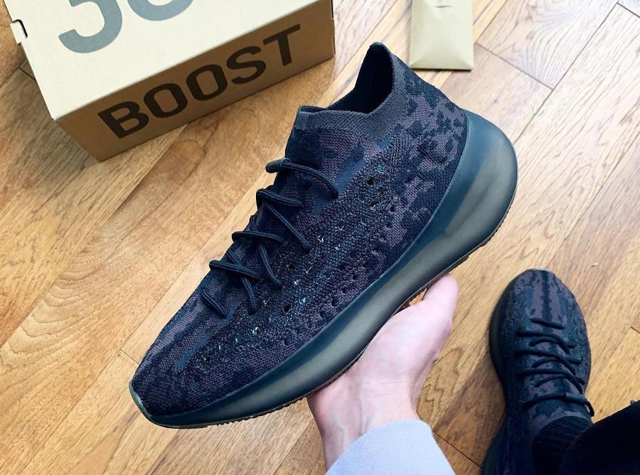 Adidas Yeezy 380 Boost noir gris et marron non réfléchissante (1)
