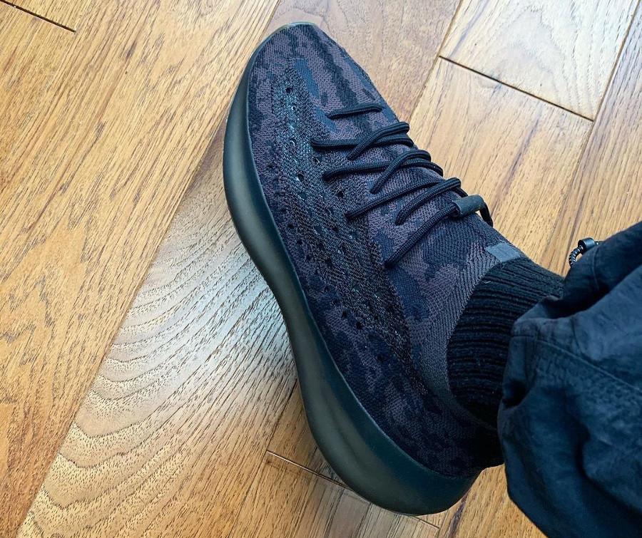 Adidas Yeezy 380 Boost noir gris et marron non réfléchissante (7)