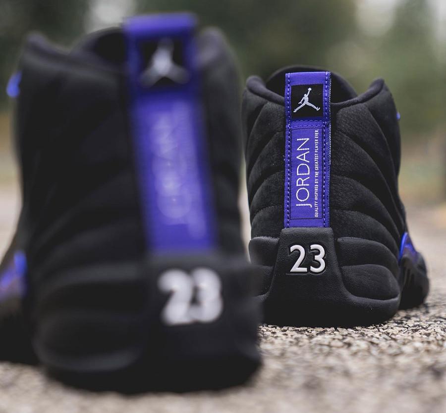 Air Jordan XII Retro 2020 noir et violet (1)