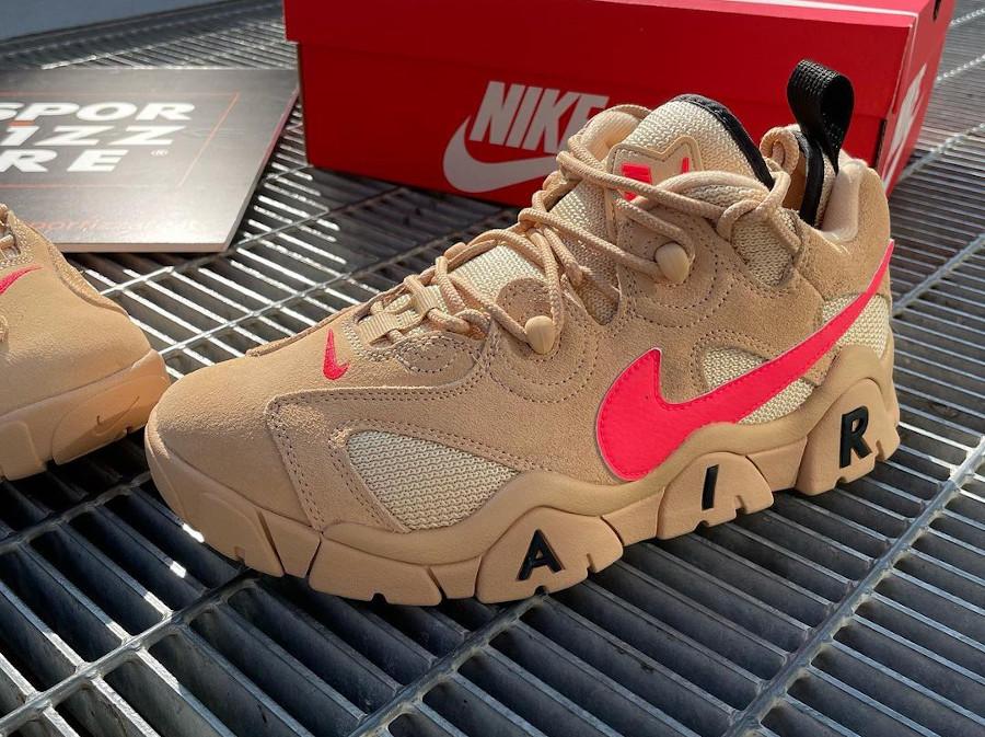 Nike Air Barrage Low en suède marron beige et rose (3)