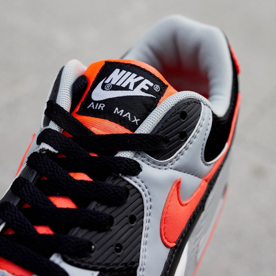 Nike Air Max 90 2020 grise noire et infrarouge (1)