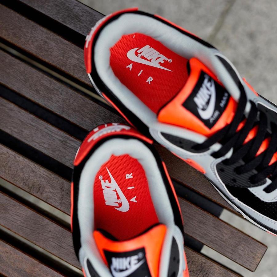 Nike Air Max 90 2020 grise noire et infrarouge (2)