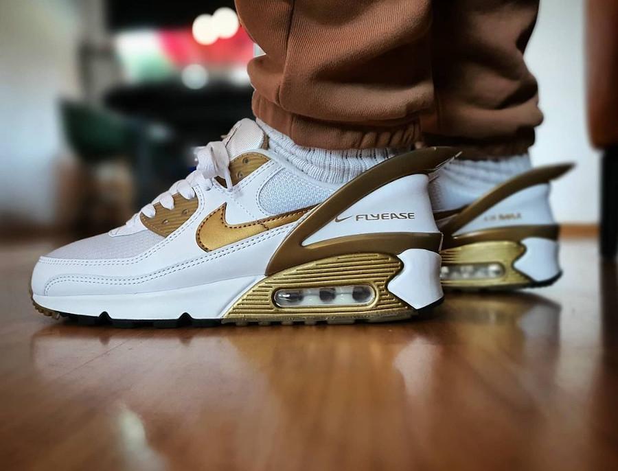 Nike Air Max 90 Flyease White Metallic Gold pas cher