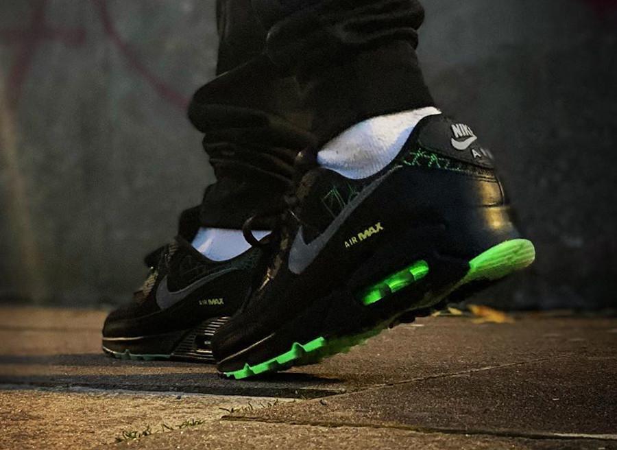 Nike Air Max 90 Premium Black 2020 Glow in the Dark (2)