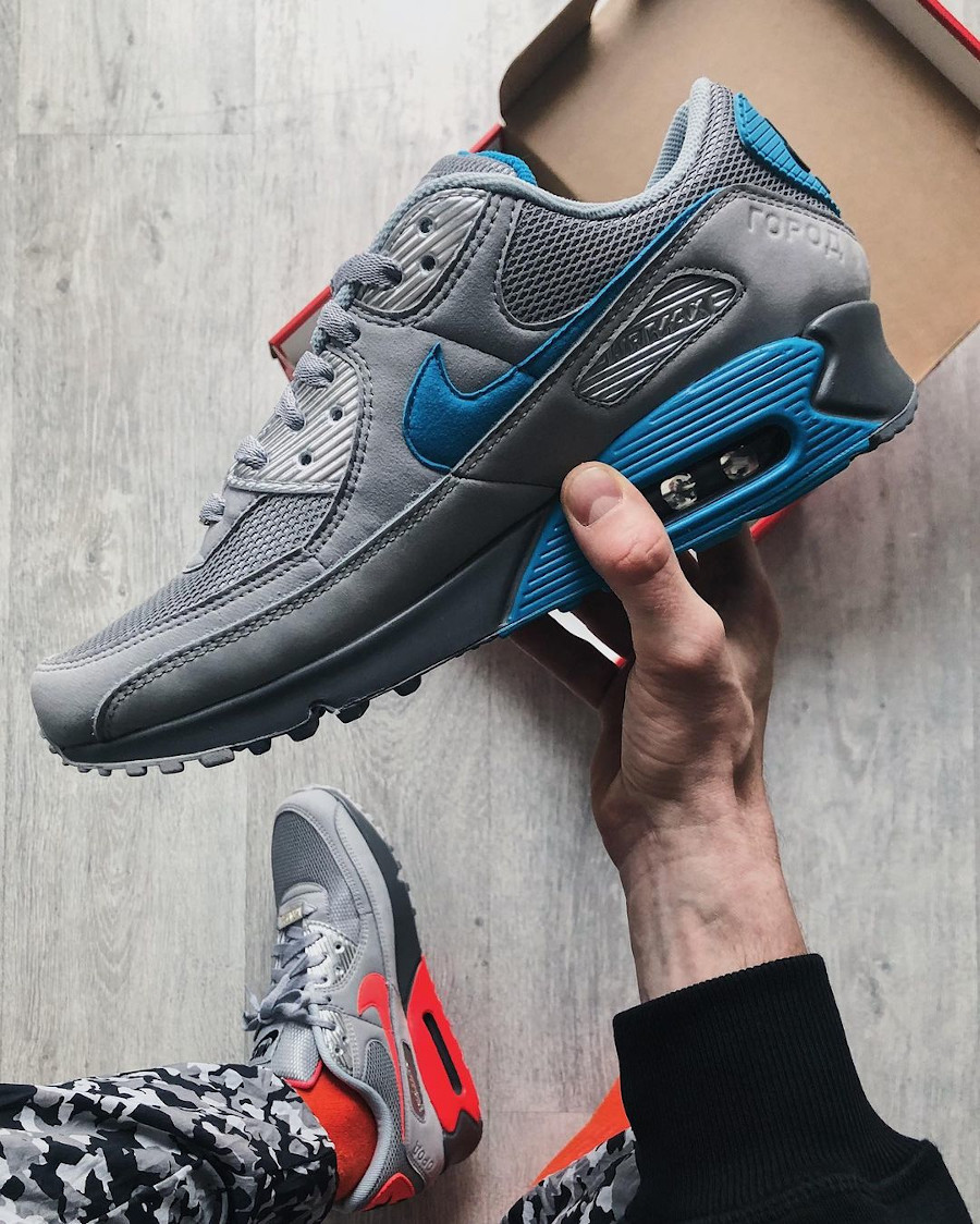 Nike Air Max 90 Recrafted Moskva (1)