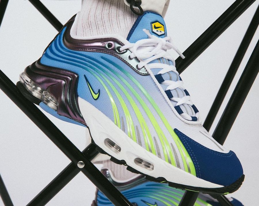 Nike Air Max Plus Tuned II OG Valor Blue Ghost Green 2020 (1)