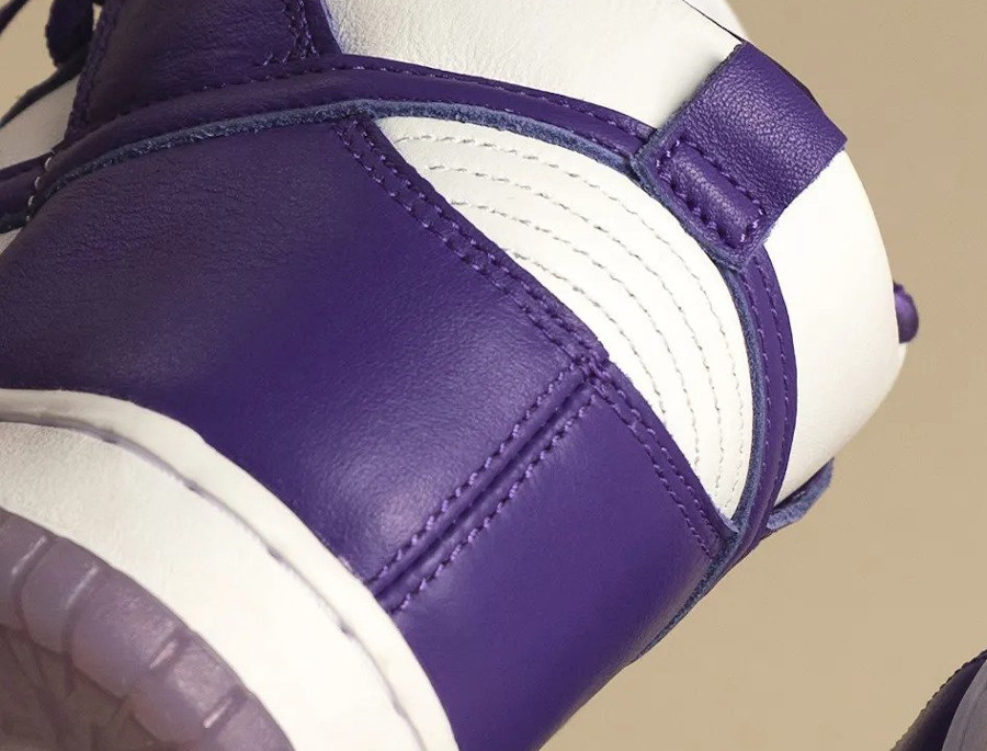 Nike Dunk Hi fille blanche et violette (1-1)