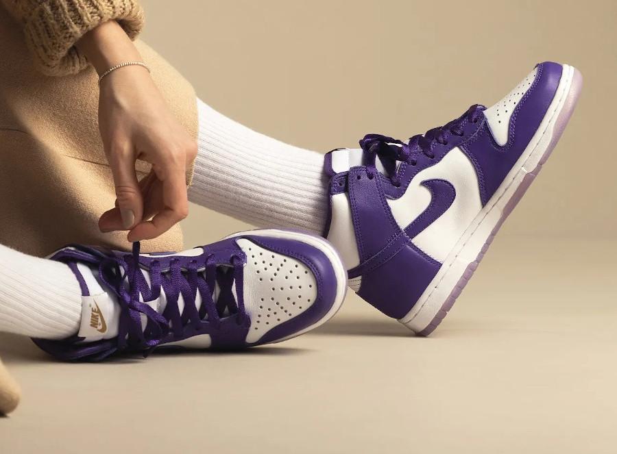 Nike Dunk Hi fille blanche et violette (3)
