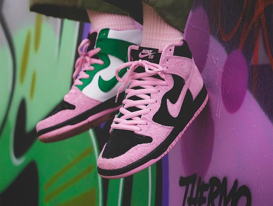 Nike Dunk High Pro SB 2020 rose noire verte et blanche (1)