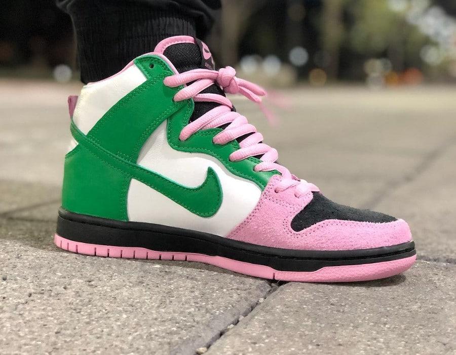 Nike Dunk High Pro SB 2020 rose noire verte et blanche (2)