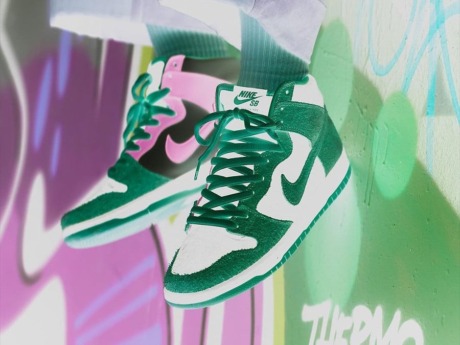 Nike Dunk High Pro SB inversée on feet (4)