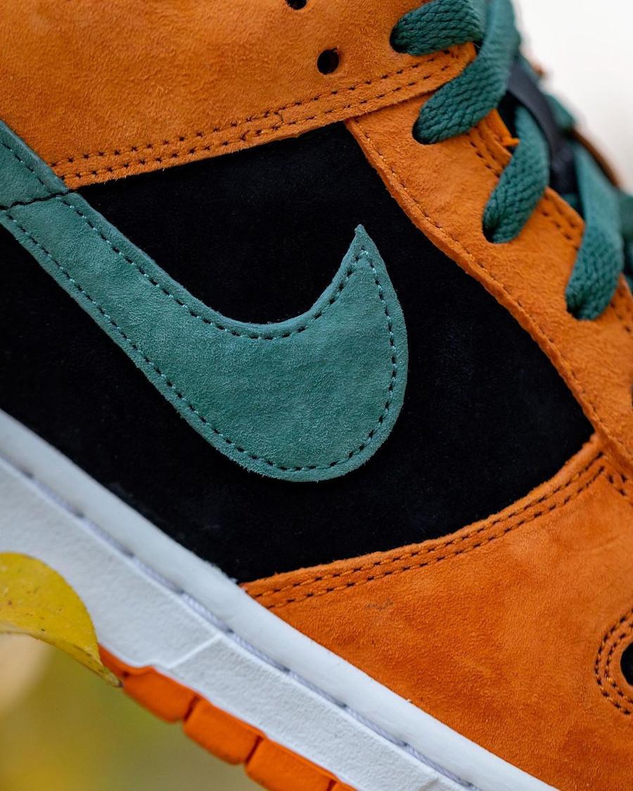 Nike Dunk Low SP CO.JP Suede orange céramique noir et vert (6)