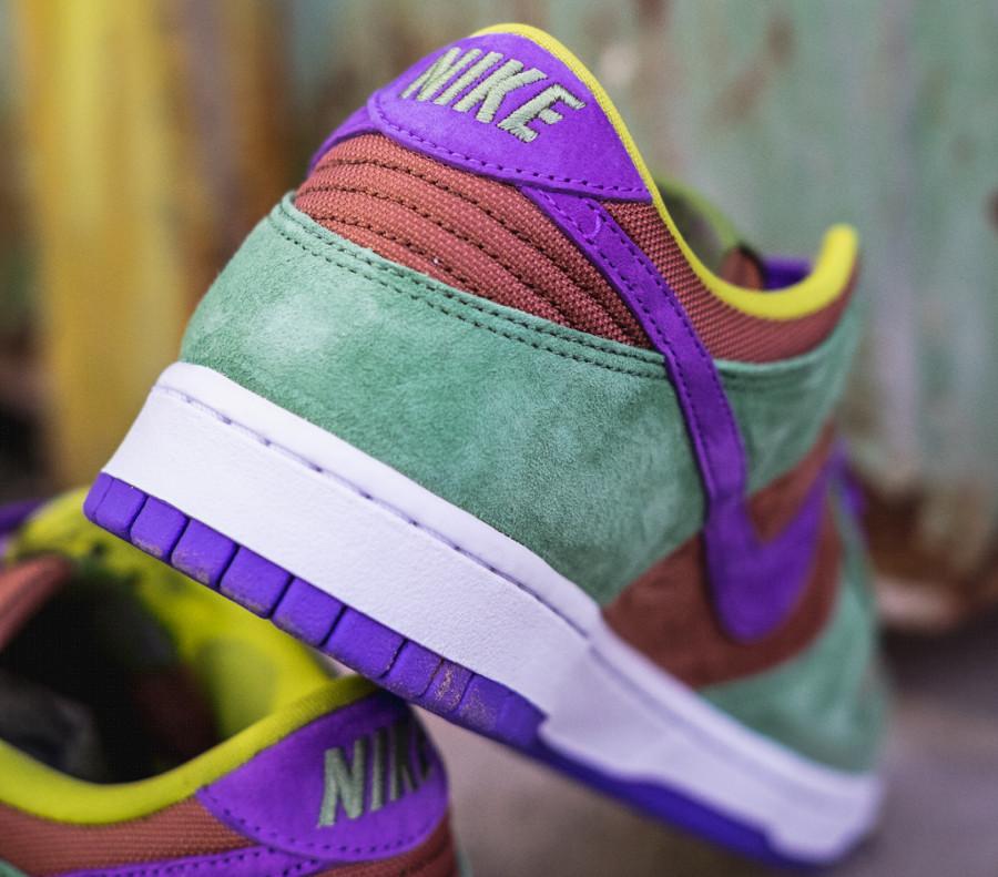 Nike Dunks Lo en suede vert marron et violet (3)