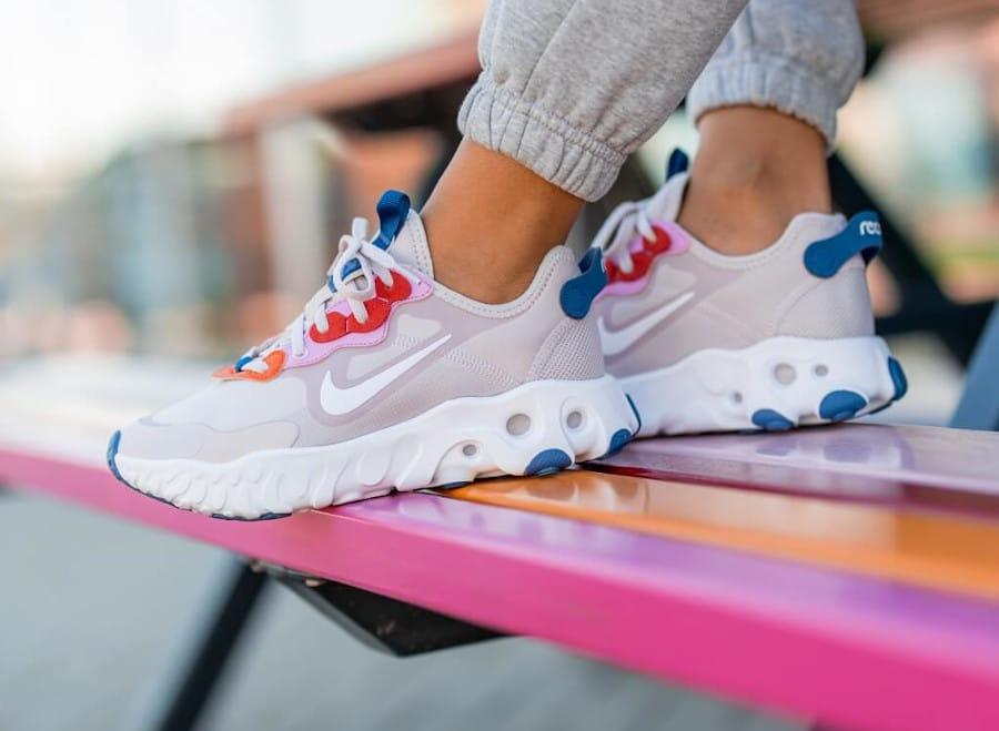 Nike React Art3mis Platinum Violet Beyond Pink pas cher