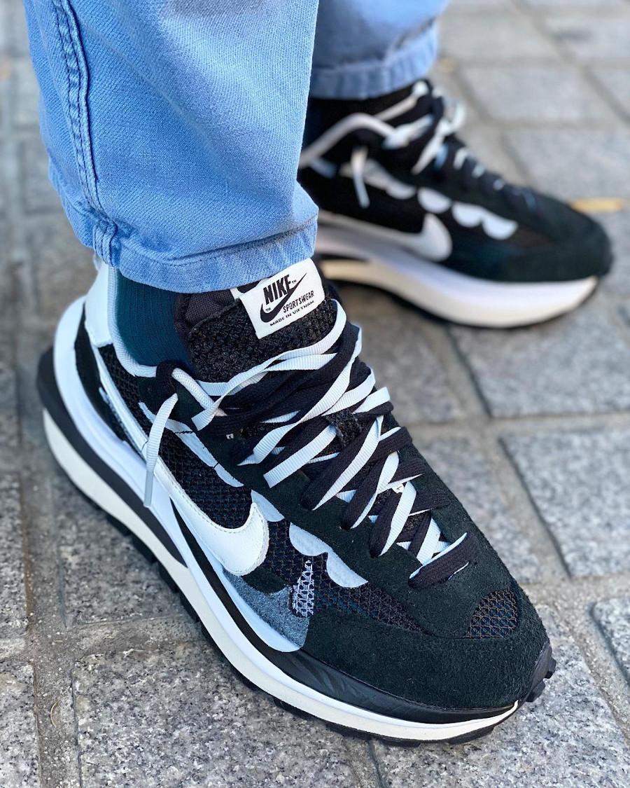 Nike Sacai VaporWaffle Pegasus Black White CV1363-001