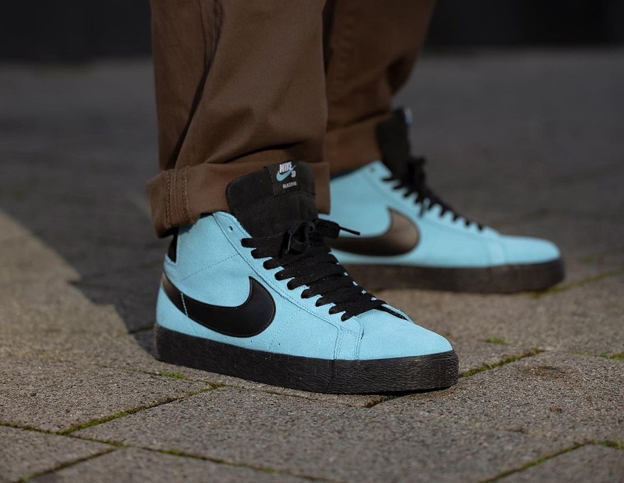 Nike Zoom Blazer Mid SB en suède bleu baltique (2)