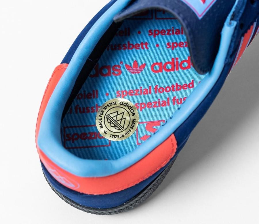 Adidas Manchester handball bleu et rouge (1)