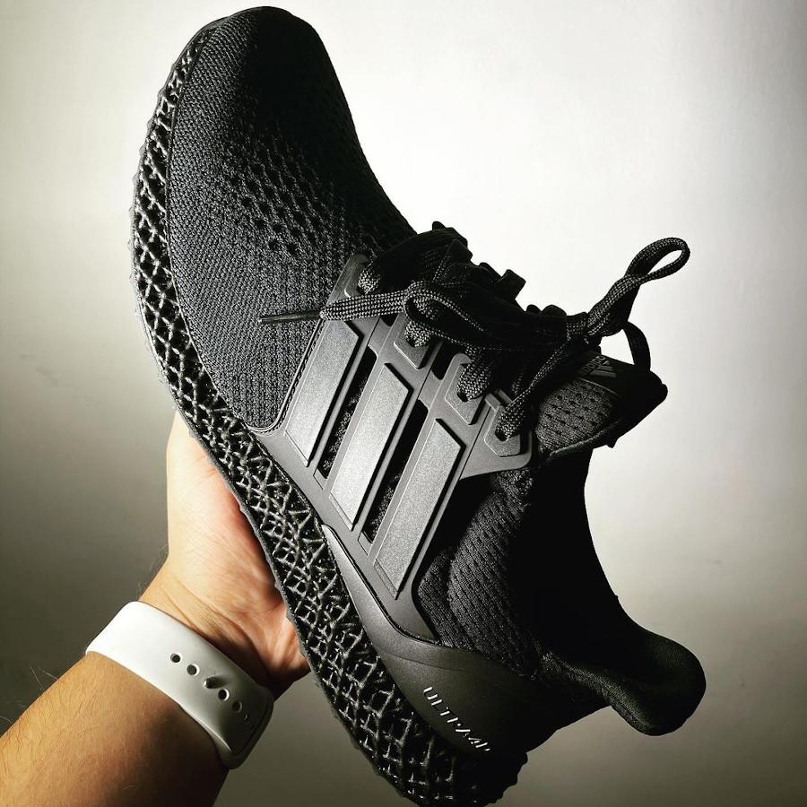 Adidas UltraBoost 1.0 4D noire (1)