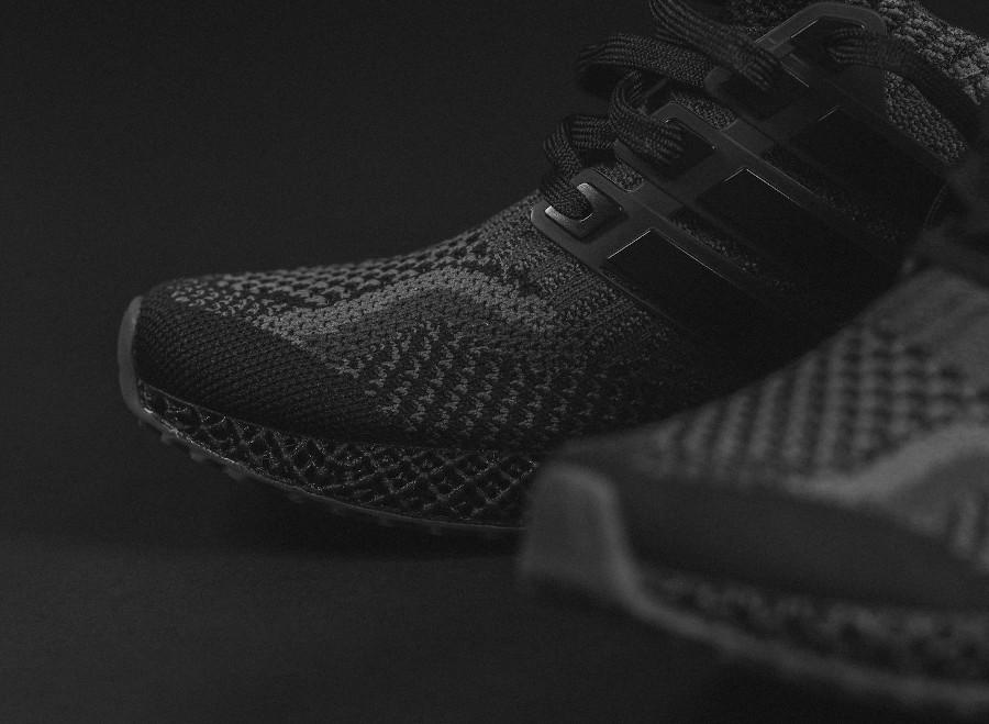 Adidas UltraBoost 1.0 4D noire (2)