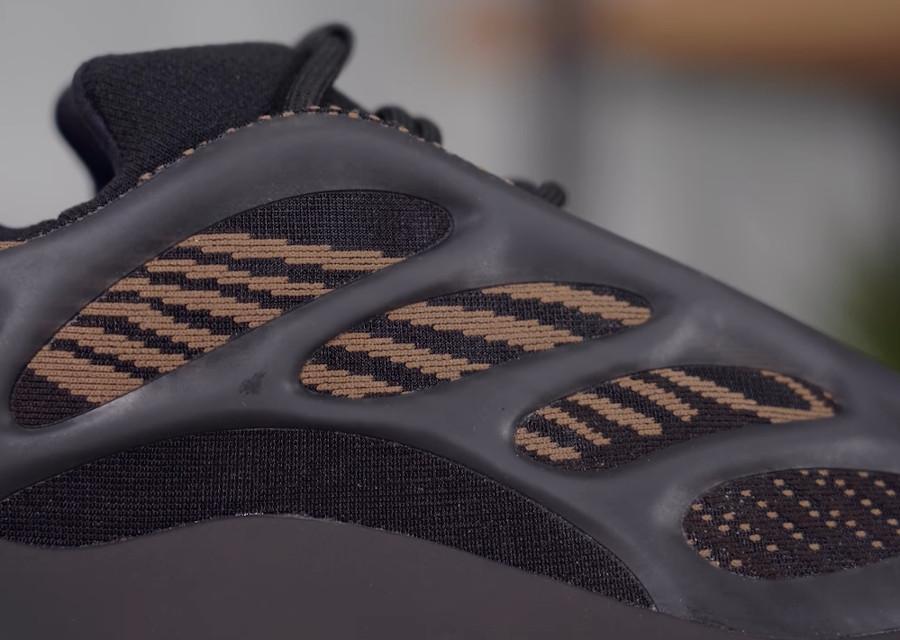 Adidas Yeezy 700 marron et beige (2)