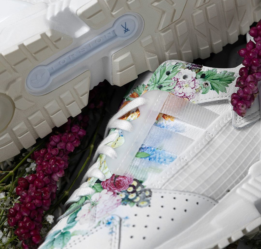 Adidas ZX 10.000 C blanche avec des fleurs (5)