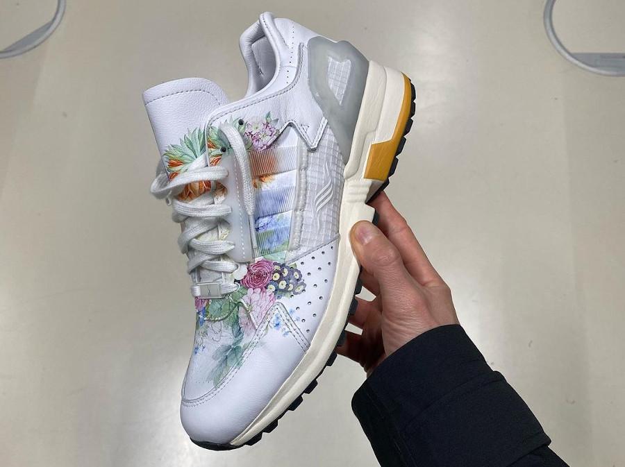 Adidas ZX 10.000 C blanche avec des fleurs (6)