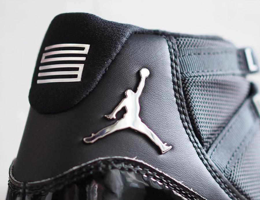 Air Jordan XI Patent Leather Black Clear (4)