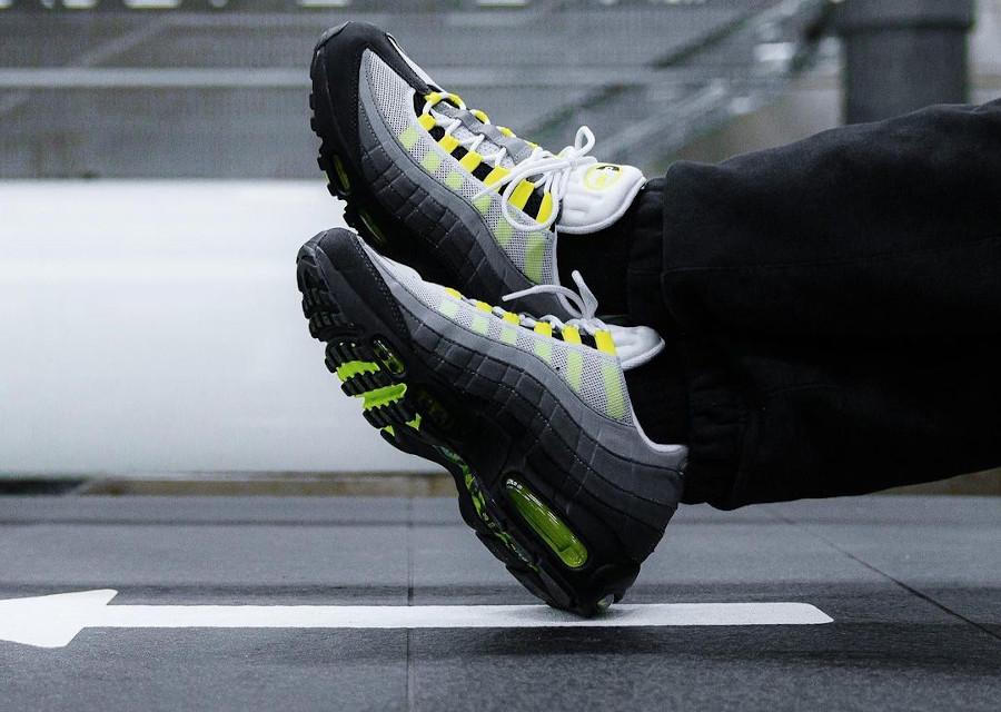 AirMax 95 noire grise jaune fluo 2020 (5)