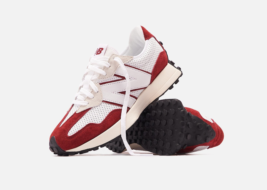 New Balance 327 blanche et rouge (1)