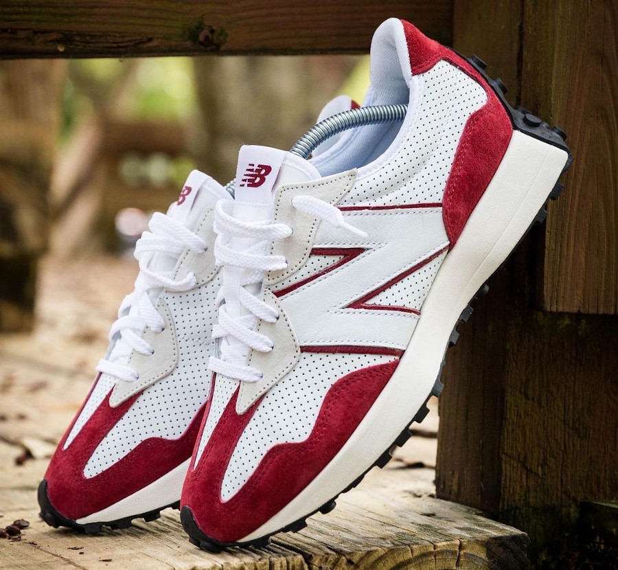 New Balance 327 blanche et rouge (2)