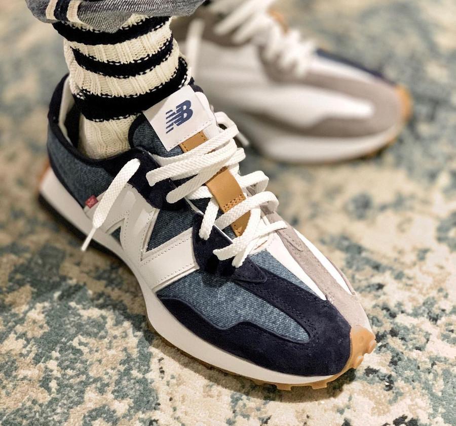 New Balance 327 en jeans bleu indigo on feet (2)