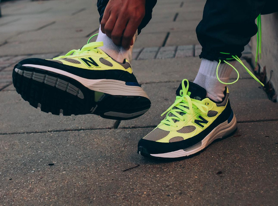 New-Balance-M992AF-Neon-Yellow-Volt-Black-made-in-US