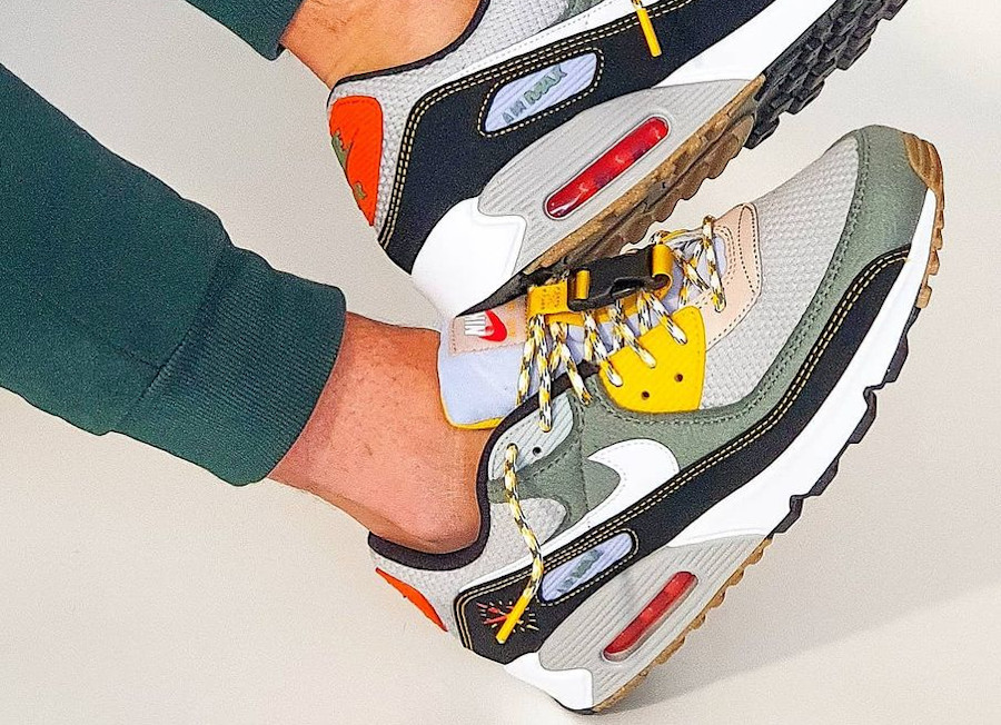 Nike AM90 Buckle Spiral Sage Compass Pack DC2525-300