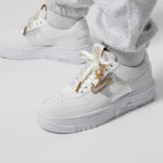 Nike Wmns AF1 Pixel Summit White 'Gold Chain'