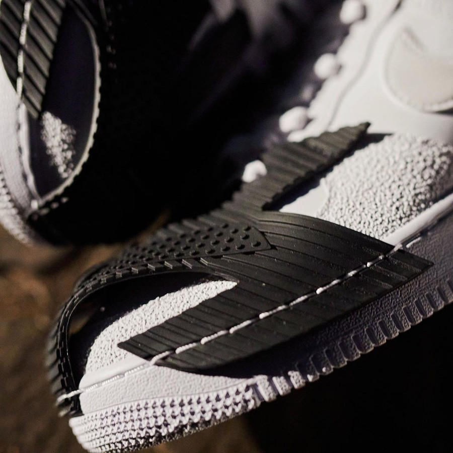 Nike Air Force One Indestructible blanche (3)