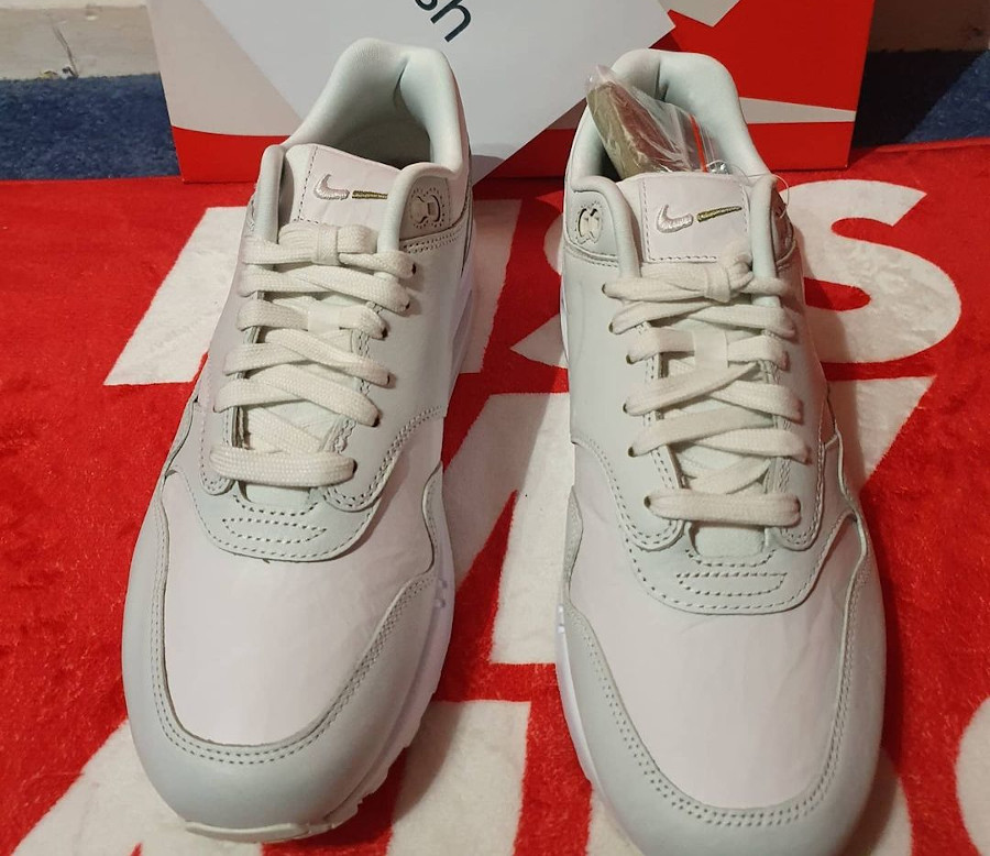 Nike Air Max 87 blanche Tears Away (5)