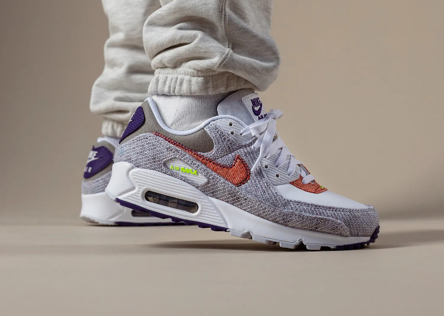 Nike Air Max 90 recyclée blanche vert fluo violet (1)