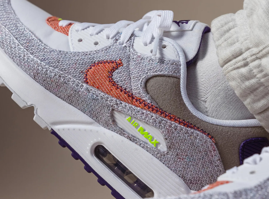 Nike Air Max 90 recyclée blanche vert fluo violet (2)