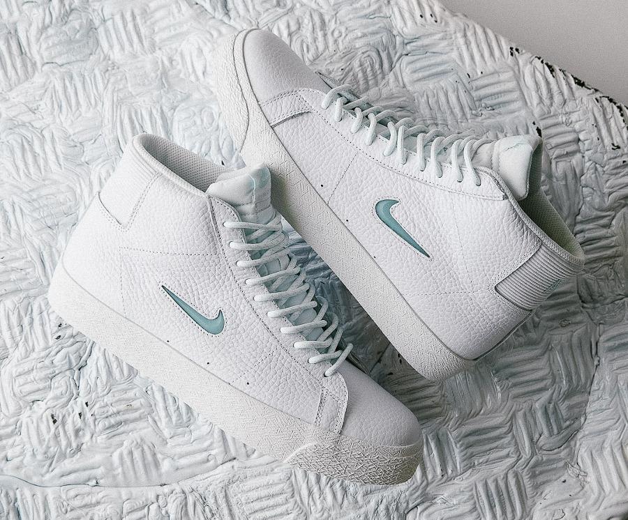 Nike Blazer Mid SB blanche bleu ciel (1)