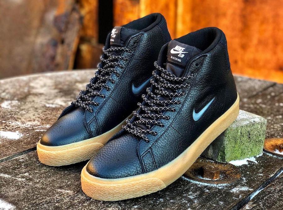 Nike Blazer Mid SB noire et gomme (1)
