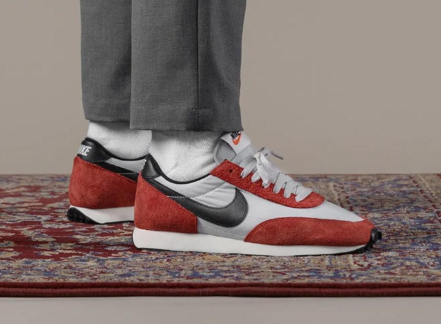 Nike Daybreak rouge blanche et noire (8)