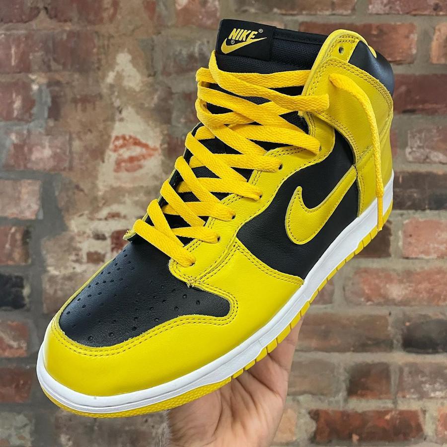 Nike Dunk Hi jaune et noire 2020 (1)
