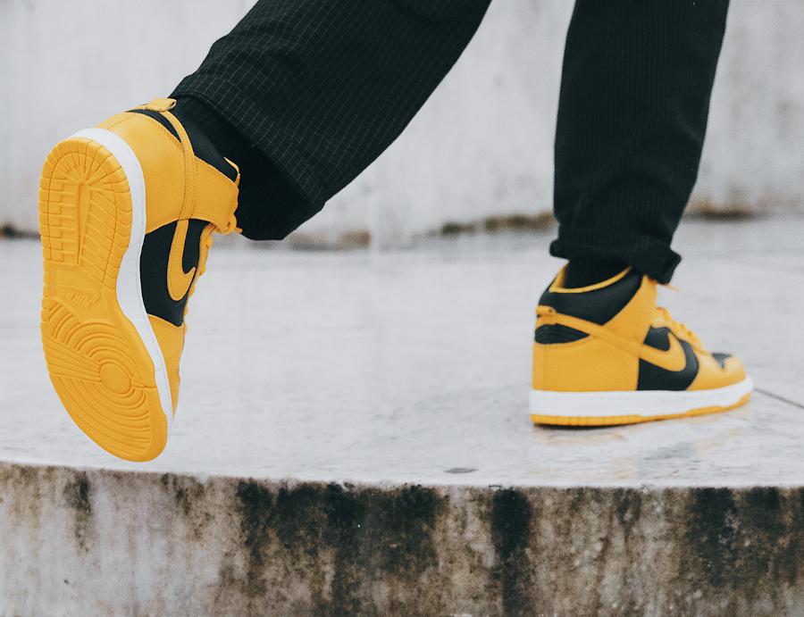 Nike Dunk Hi jaune et noire 2020 (3)