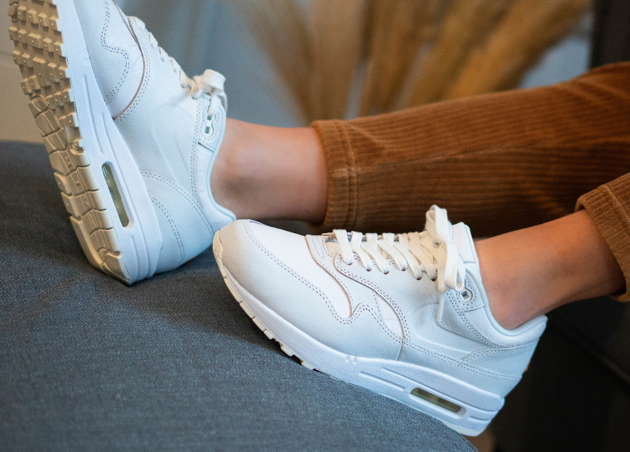 Women's Nike Air Max 1 HH blanche (2)