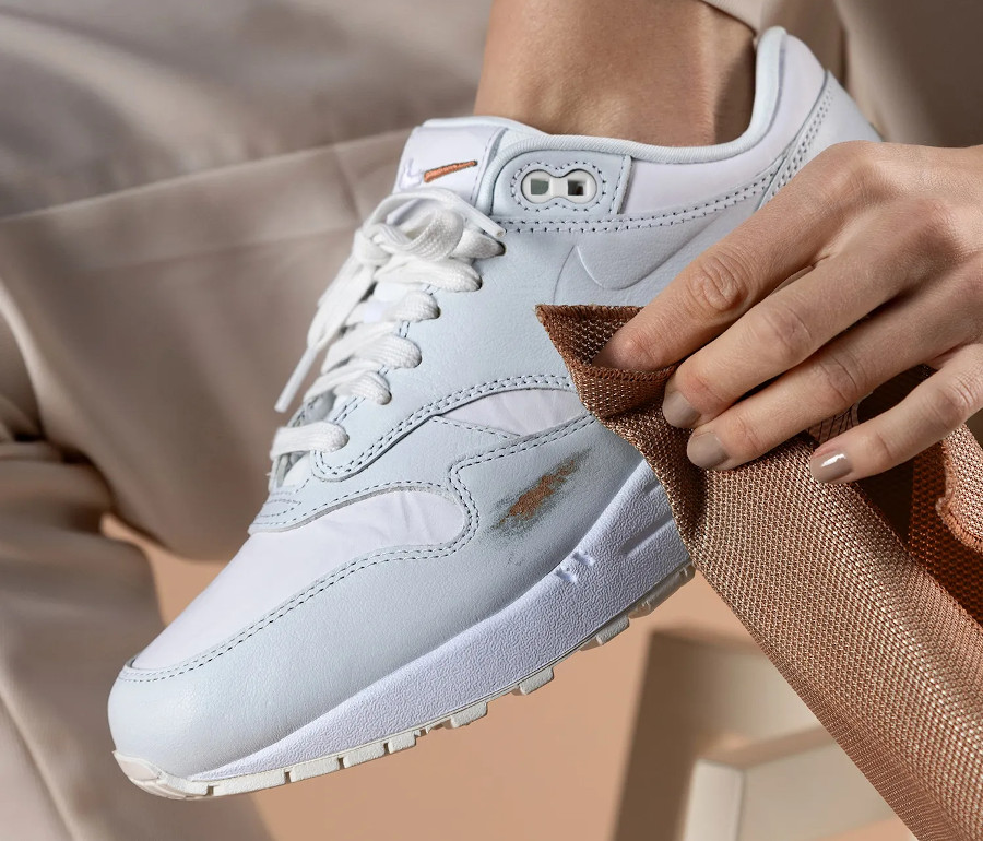 Women's Nike Air Max 1 HH blanche (5)