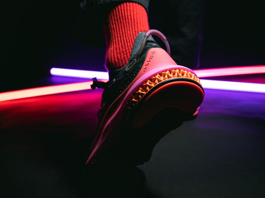 Adidas 4D Fusio noire orange et rose (1)