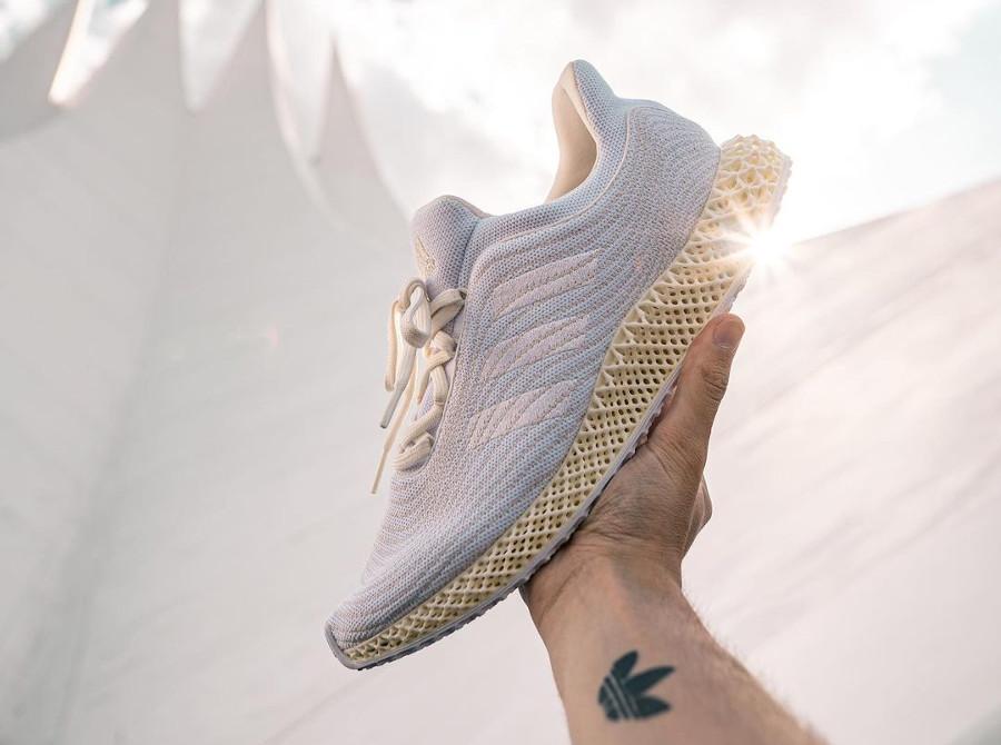 Adidas 4D en Primeknit recyclé blanc et beige (2)