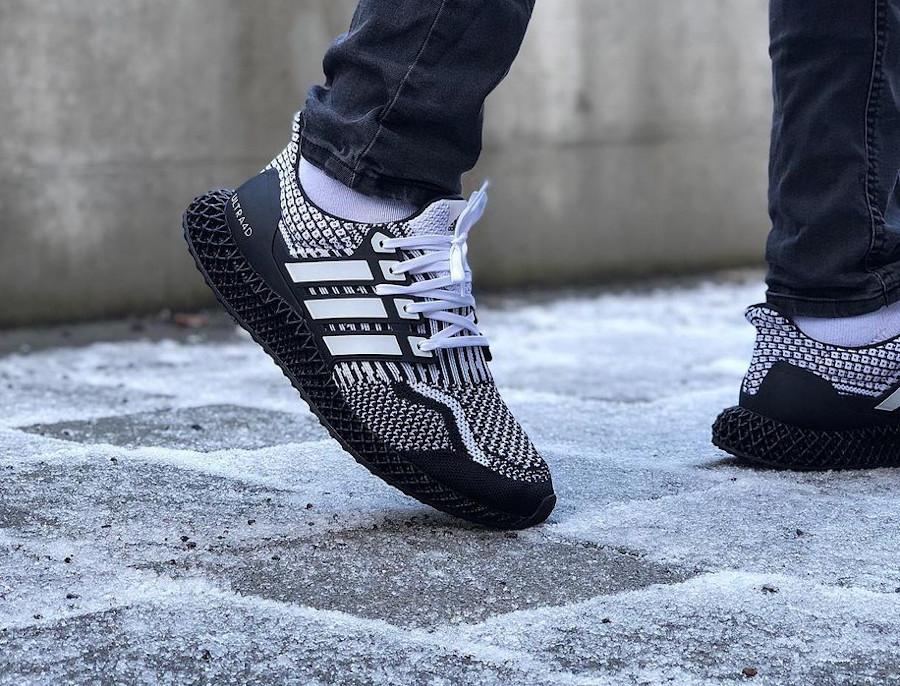 Adidas Ultra Boost 4D blanche et noire (4)