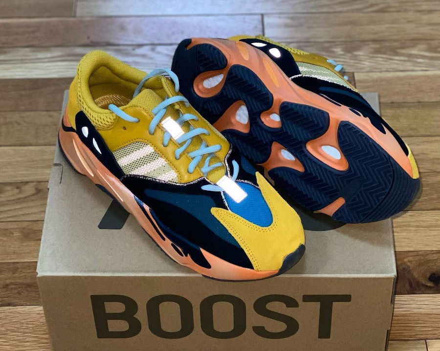 Adidas YZY 700 Boost Jaune 'Sun' Wave Runner GZ6984