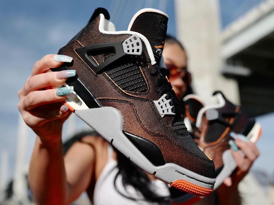 Air Jordan 4 en tissu brillant noir et orange (3)